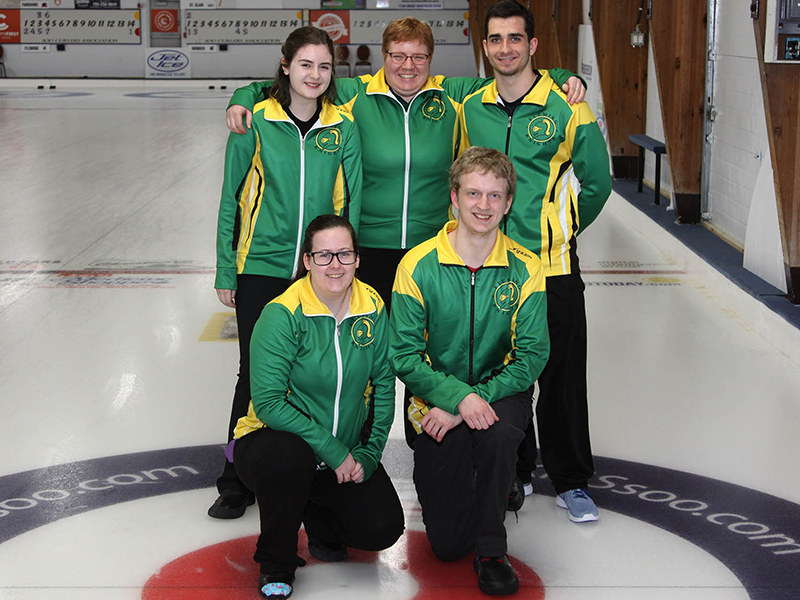 mixed_curling_team